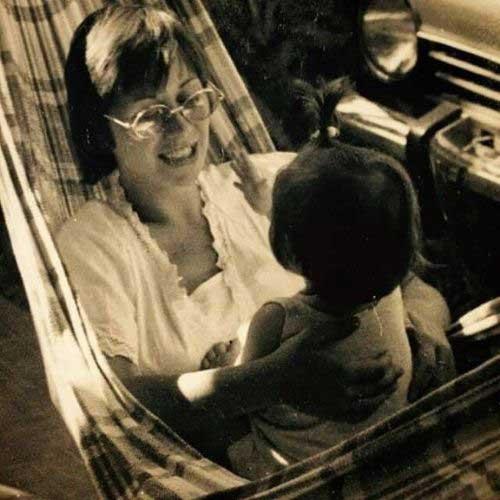 Dia das mães, luz e sombra, pra além do que nos contaram